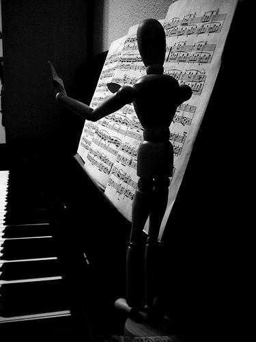Hombre de palo + Piano