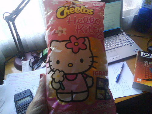 Kitty Cheetos