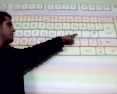 Santi y el teclado virtual